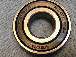 PEER 6202 RS   6202RS    SEALED  BEARING    FAST SHIPPING From ILLINOIS  IN USA