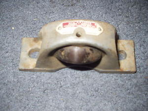 "NP-18 SEALMASTER BEARING PILLOW BLOCK 1-1/8"" BORE 2-BOLT"