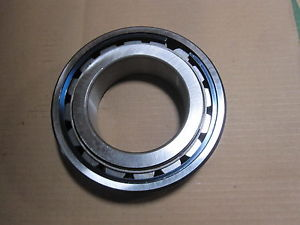 McGILL PRECISION BEARING # SB 22218 W33