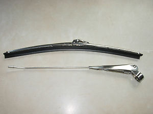 """AA CLASSIC TRACTOR STAINLESS STEEL WIPER ARM RHP AND 11"""" BLADE"""